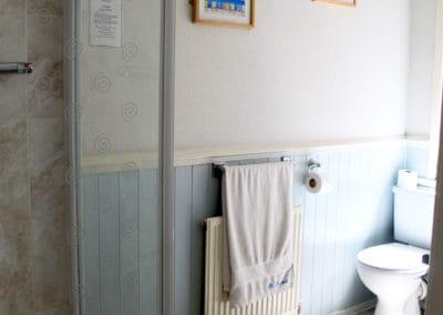 Room6 Double Ensuite Bathroom