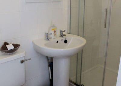 Room7 Bathroom